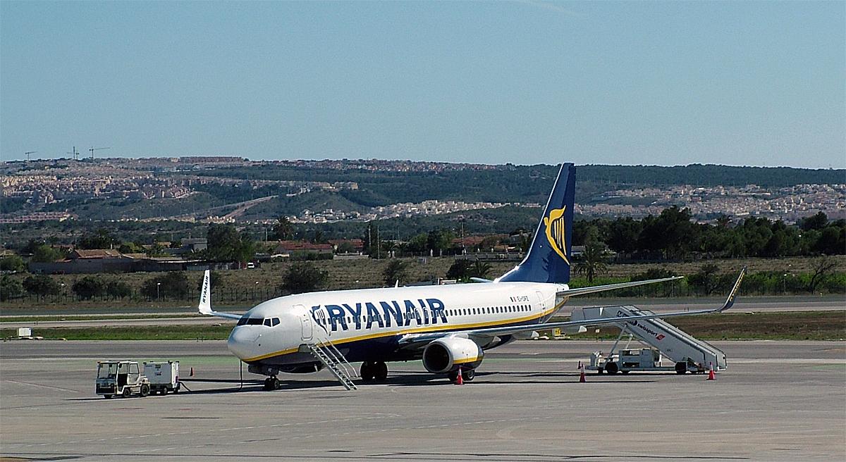 Ryanair - Alicante - Boeing 737 (foto: ©otoerres)