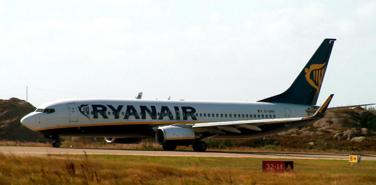 Ryanair - Boeing 737 - Karmøy