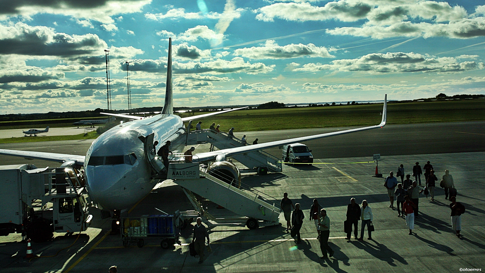 Aalborg lufthavn - Danmark - Jet Time - Boeing 737