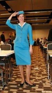 "Anna Feuring fra Pan Am Lounge i Berlin stilte i flyvertinneuniform fra ""glansdagene"" under TravelmatCh i 2014 (bilde: ©otoerres)"