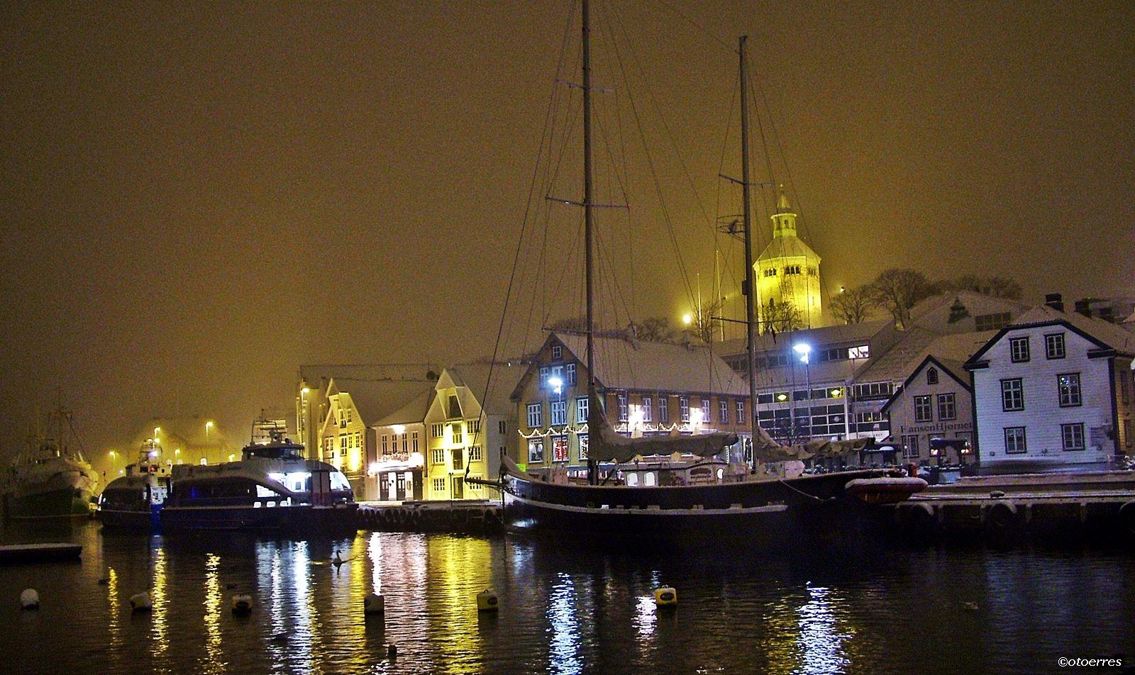Stavanger - vinternatt- ©otoerres