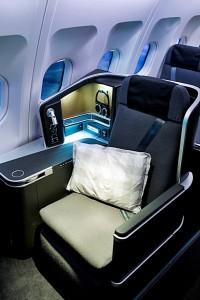 Business Class i SAS nye langrutefly har setekonfigurationen: 1-2-1, fullt sengeleie med mindst 196 cm sengelængde og direkte tilgang til midtgangen fra alle pladser (SAS)
