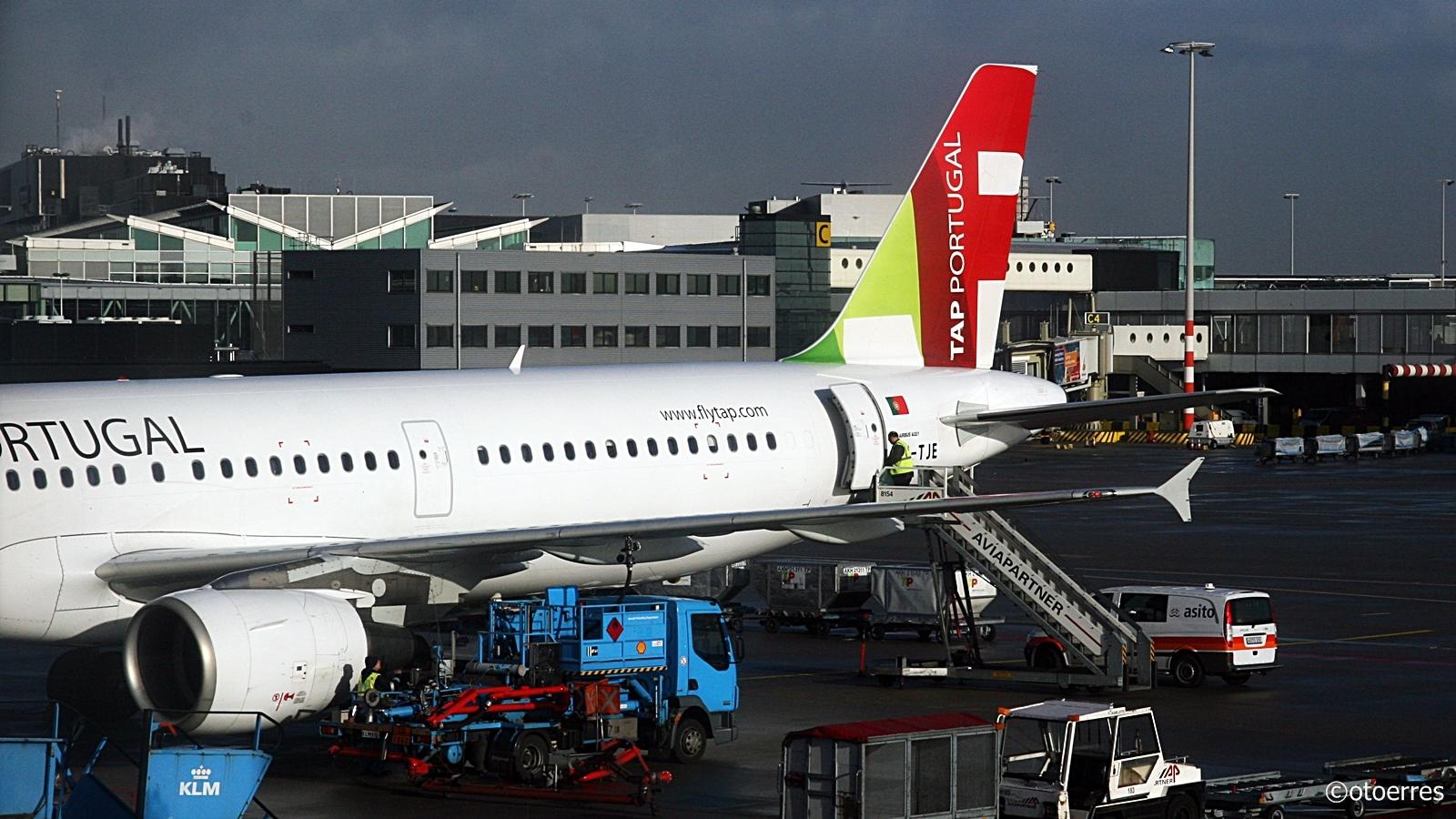 TAP Portugal- Airbus A 321 -Schiphol