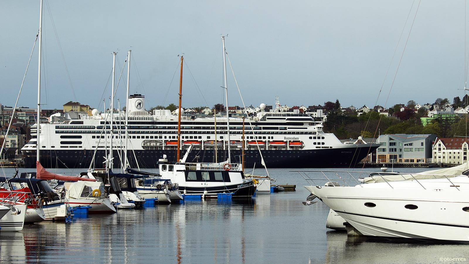 MS Borealis - Fred.Olsen Cruise Line - MS Rotterdam - Cruise - Holland America Line