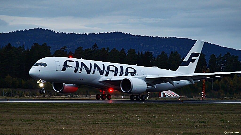 Finnair - Airbus A 350 XWB - Oslo - Gardermoen - 2015