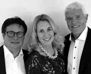 Från vänster, avgående ordförande Thommy Backner, VD Charlotte Skott och nyvald ordförande Sven von Holst. (bild: destination sälenfjellen)