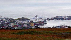 Færøyenes hovedstad Torshavn sett fra unikke Hotel Foroyar (bilde: ©otoerres)