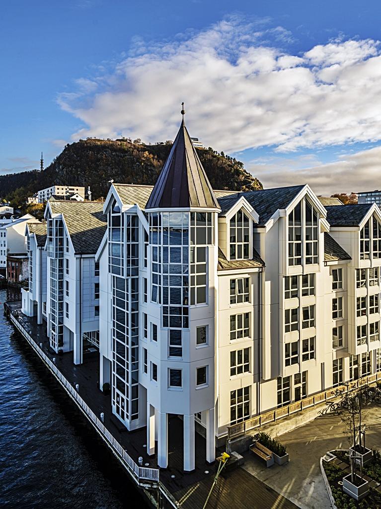 Glimrende Radisson Blu Hotel Ålesund - del av nordisk milliardsatsing | Dfly UO-52