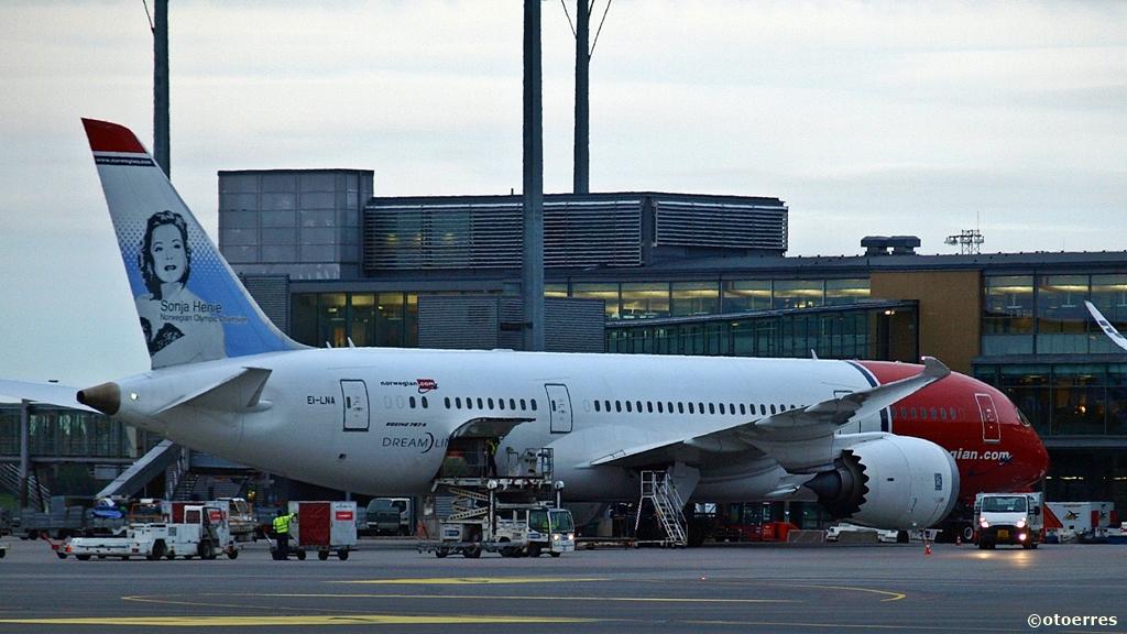 Norwegian - Boeing 787 - Dreamliner - Oslo lufthavn - Gardermoen