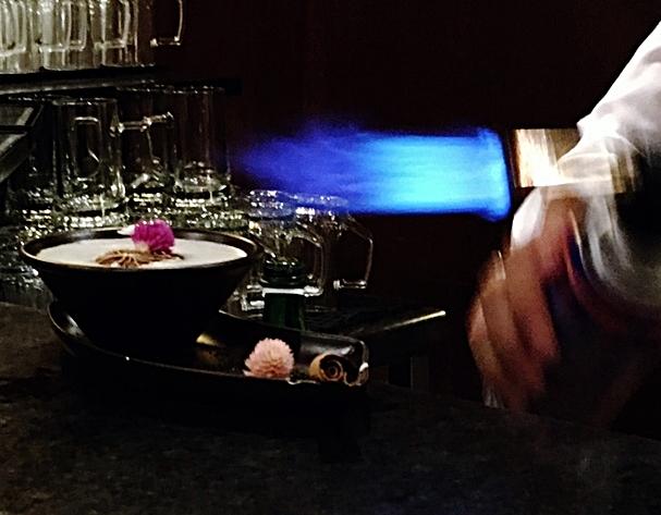 Trent Jones Bar - Hotel Quinta da Marinha - Resort - Cascais - Sintra - Lisboa - portugal - by Tamarmarcopolostyle