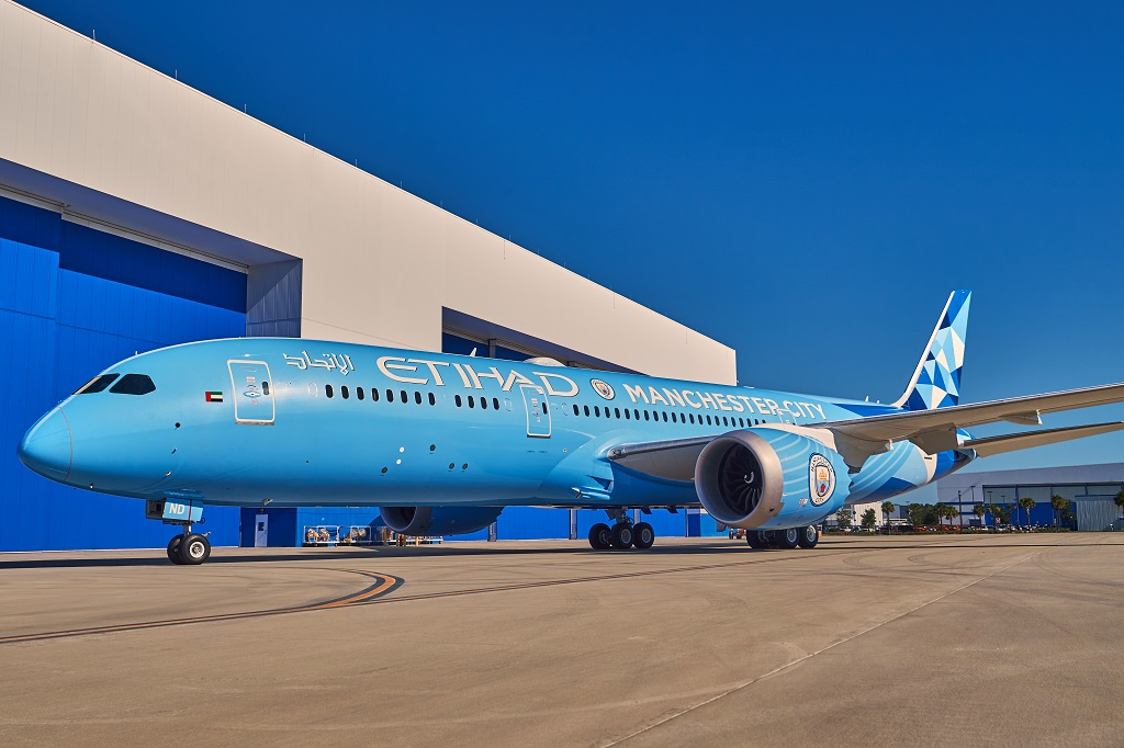 Etihad Airways - Manchester City FC livery - Boeing 787 Dreamliner