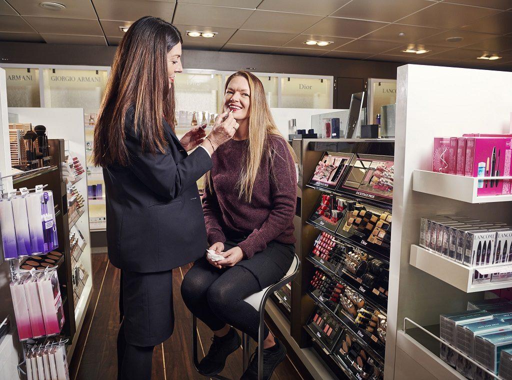 Fjord Line - Ferjer - Taxfreebutikk - kvinner