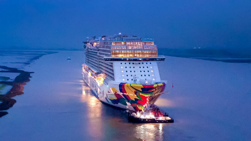 Norwegian Cruise Line - Norwegian Encore - overtakelse - Meyer Werft - 2019