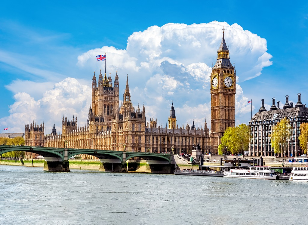 London - Themsen- Parlamentet - Big Ben - Ticket
