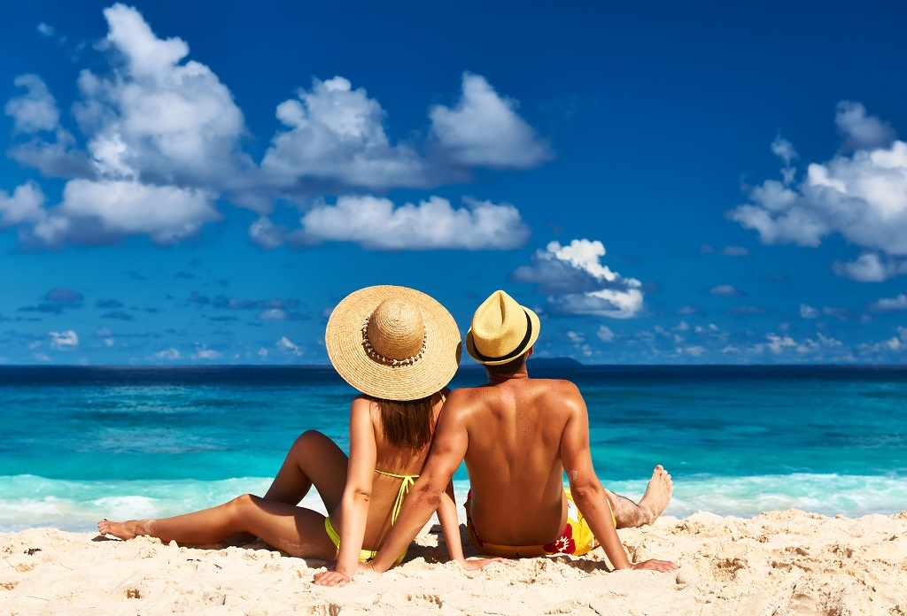 Par på stranden på Seychellene - Ticket