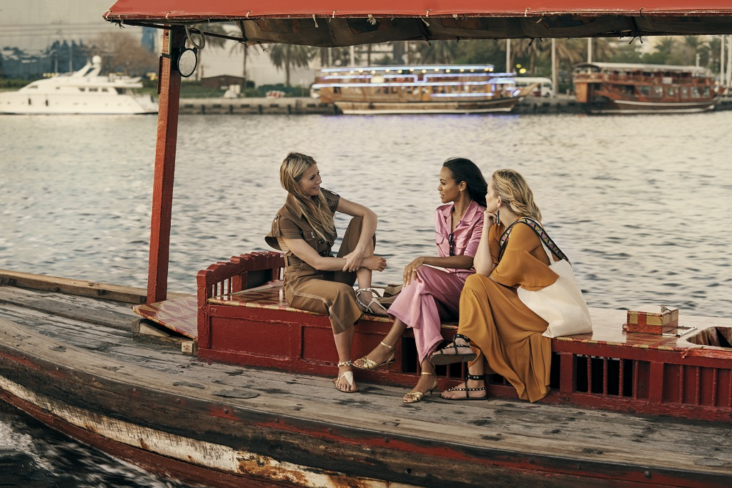 Gwyneth Paltrow, Kate Hudson og Zoe Saldana - Dubai Tourism - Tradisjonell arabisk båt