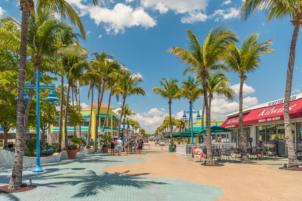 Time Square - Fort Myers Beach - Florida - USA