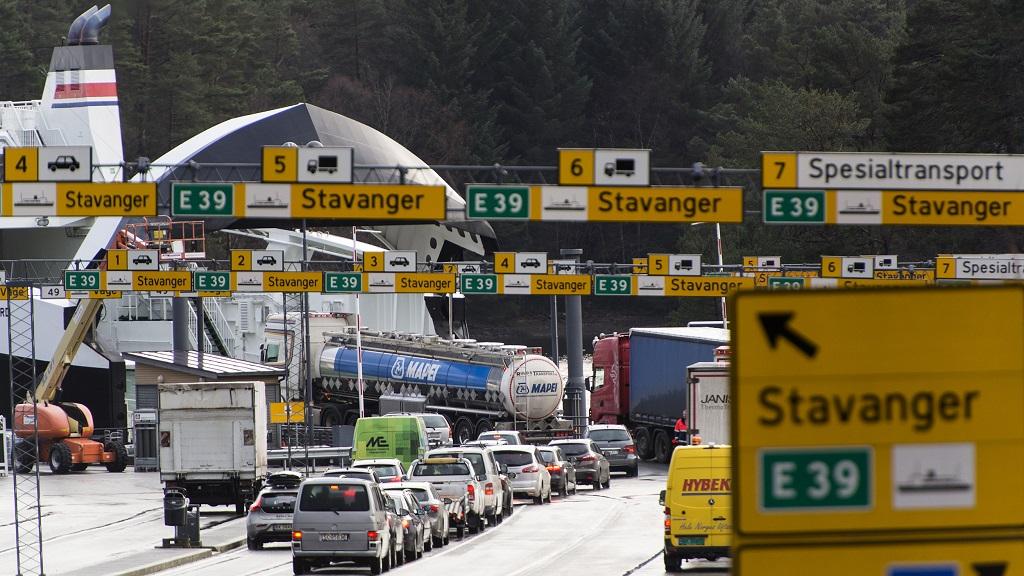 E39, Halhjem fergekai, Os, Hordaland