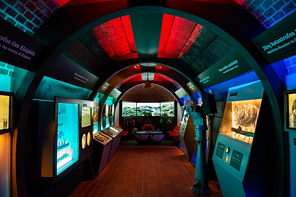 584 kilometer Litauen - Lithuanian Sea Museum and Dolphinarium