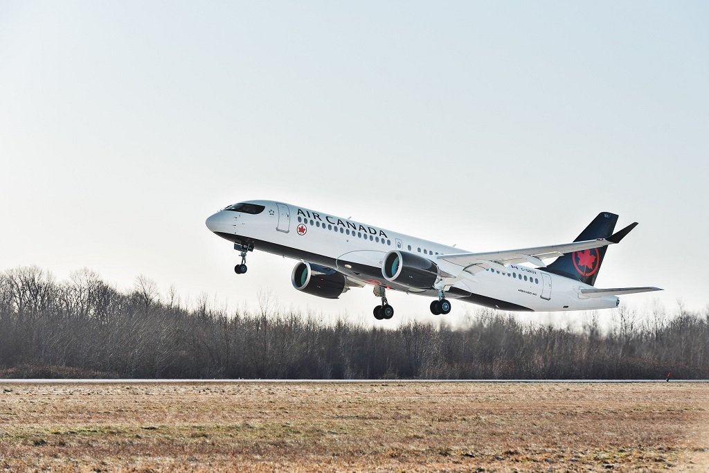 Air Canada - A220-300 - takes off - december 2019
