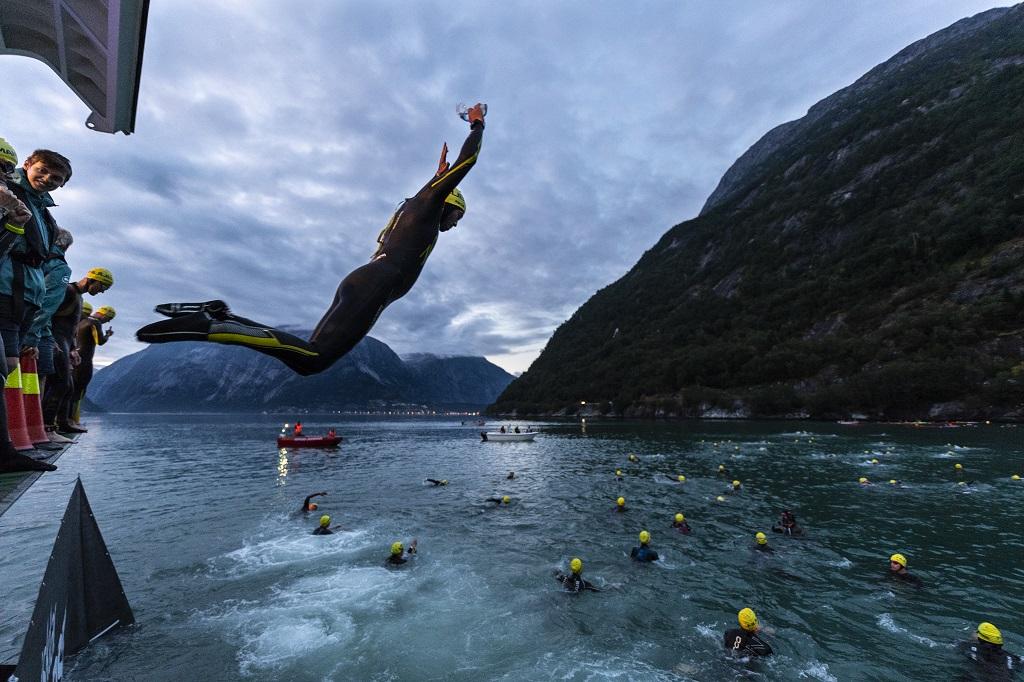 Norseman Xtreme Triathlon - Eidfjord - Hardangervidda - Gaustatoppen - Svømming