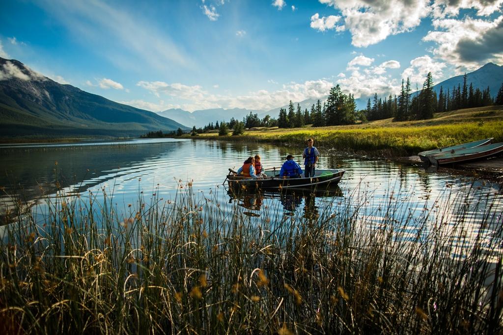 Fisketur - Lake Talbot - Jasper - Rocky Mountains - Canada