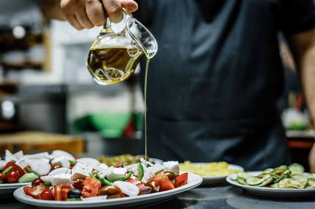 Kreta - Hellas - Olivenolje - Salat - TUI