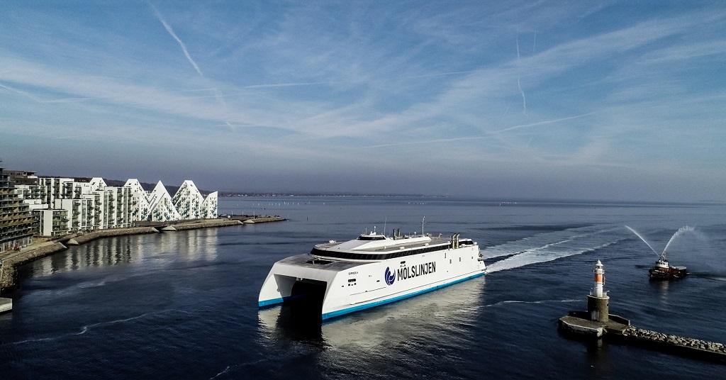 Express 4 - hurtigferje - Molslinjen - Kattegat - Danmark