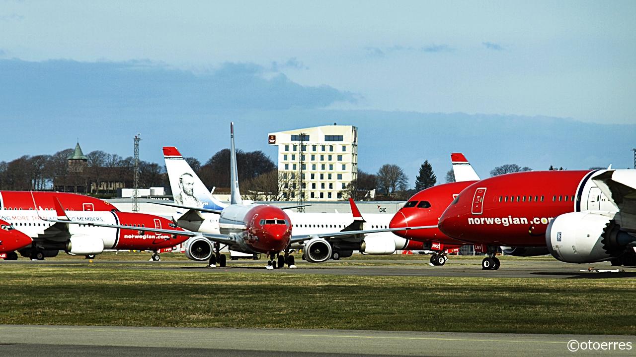 Norwegian - Boeing B 787 - Dreamliner - B 737-800 - langtidslagring - Stavanger lufthavn - Sola