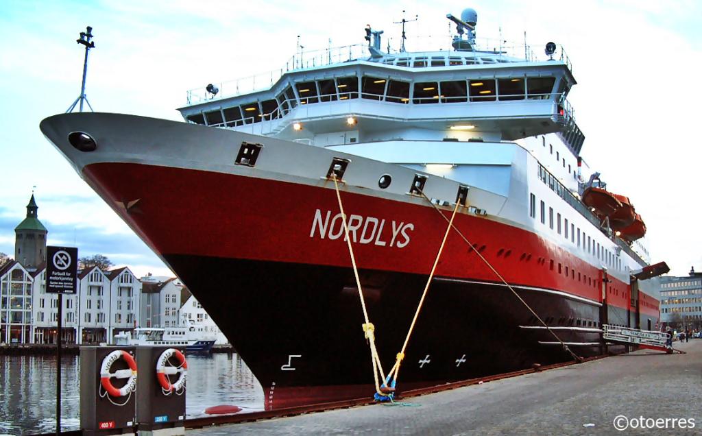 MS Nordlys - Hurtigruten - Strandkaien - Stavanger