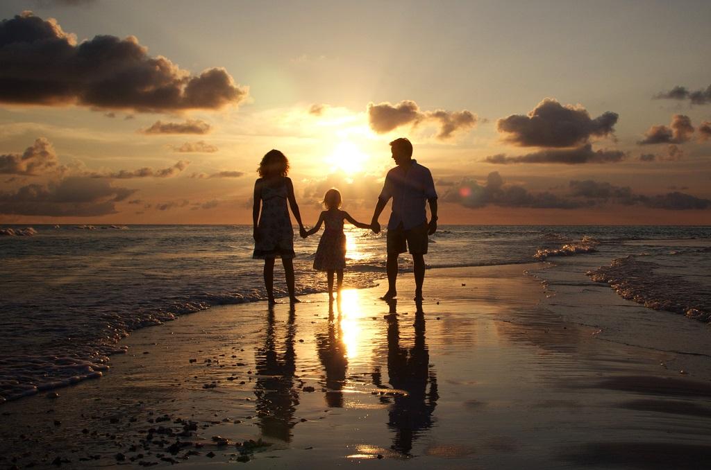 Strand -solnelgang - Familie - Europeiske