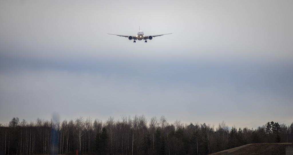 Fly - innflyvning - landing - lufthavn - Avinor