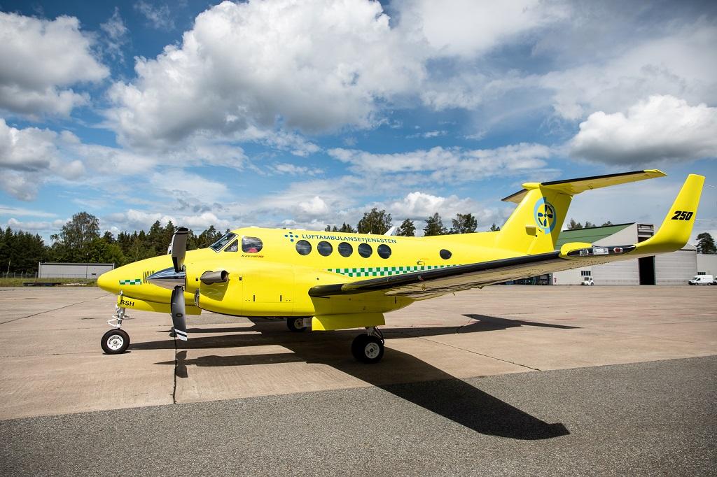 Babcock Scandinavian AirAmbulance - - Beech B250
