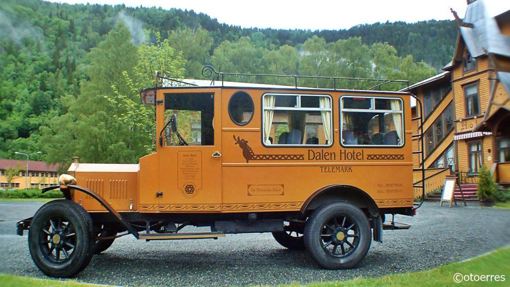 Hotellbuss - Dalen Hotell - Telemark