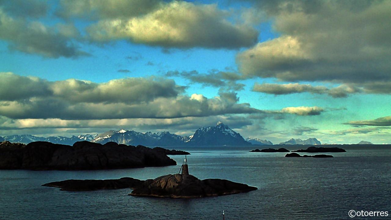 Vestfjorden - Lofoten - Fjell - Øygruppe