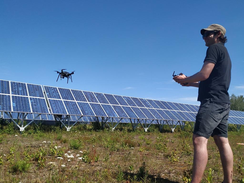 Droner - Solcellepaneler - Feilsøking - Studie - UiO