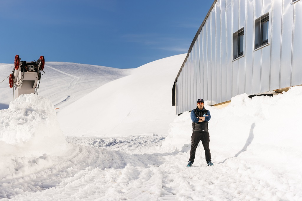 Sommerskisenteret på Folgefonna - Fonna Glacier Ski Resort - Hardanger