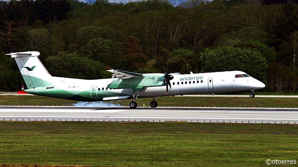 Widerøe - Bombardier Q400NG - Landing - Stavanger lufthavn