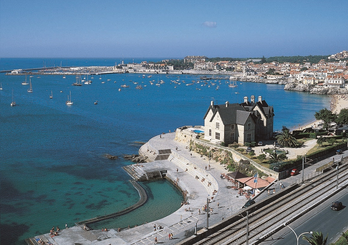 Cascais - Badestrand - Badeby - Lisboa - Portugal