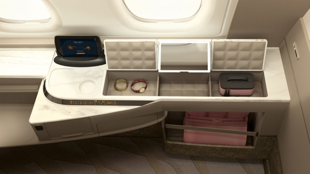 Singapore Airlines - Fly - kabin - rengjøring - Covid 19