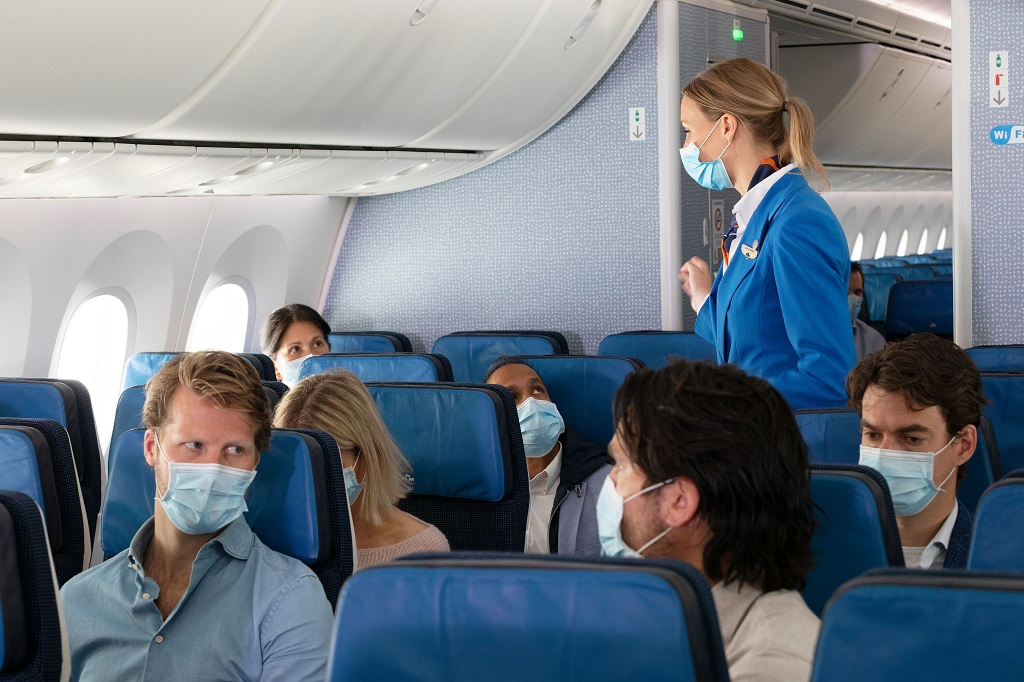 Munnbind - Covid 19 - KLM safety onboard