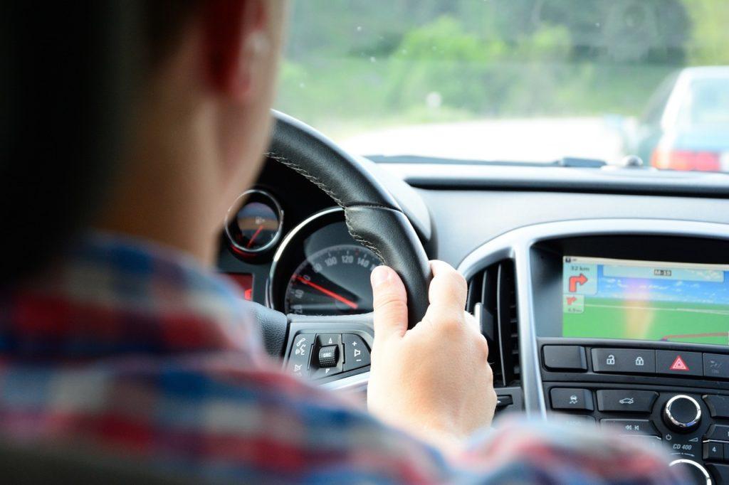 Bilkjøring - Personbil - Illustrasjon - frende forsikring