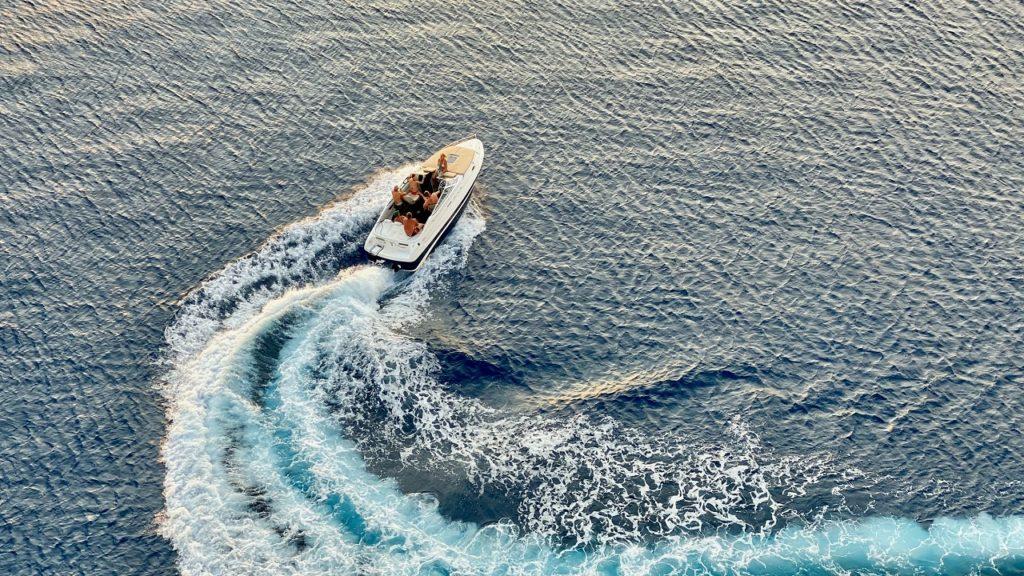 Fritidsbåt - sjø - båtsommer - Båtliv - Frende