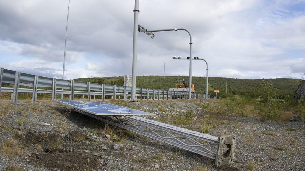 Bomstasjon - Norge - Vestlandet - Montering /Demontering