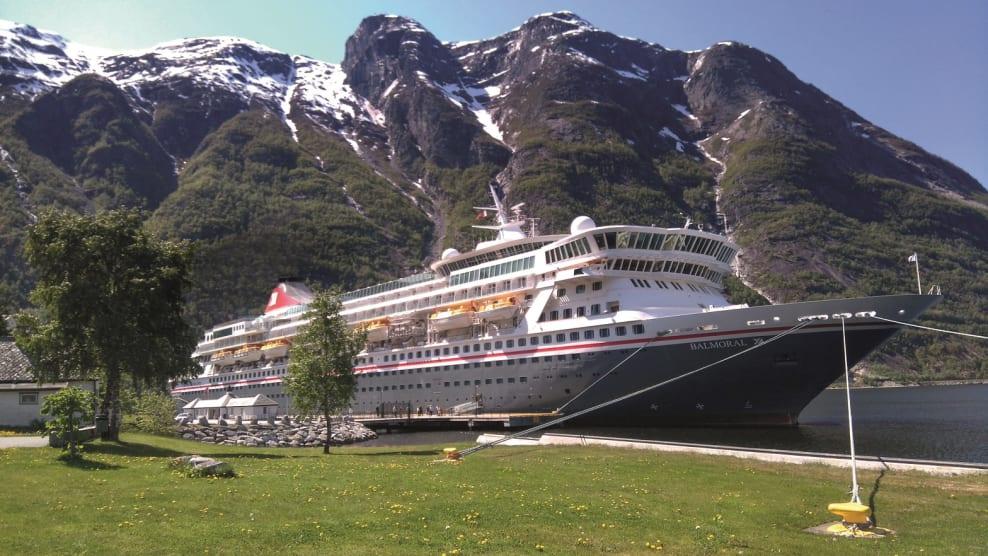 Balmoral - Fred. Olsen Cruise Lines - Norwegian fjord - 2020