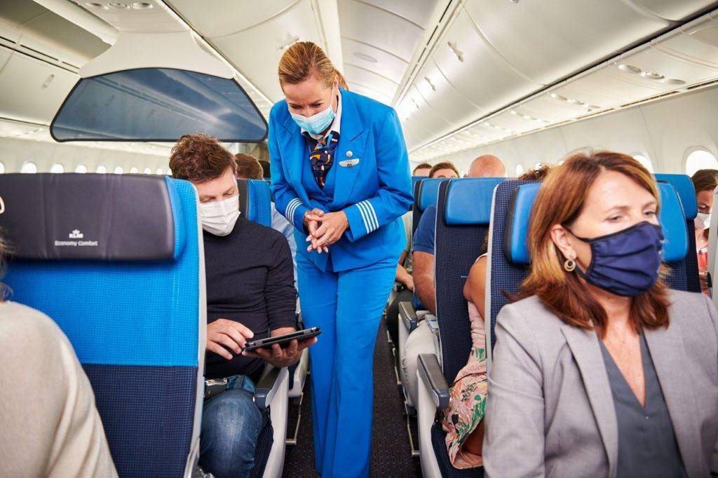 Kabinpersonale og passasjerer - Fly - KLM