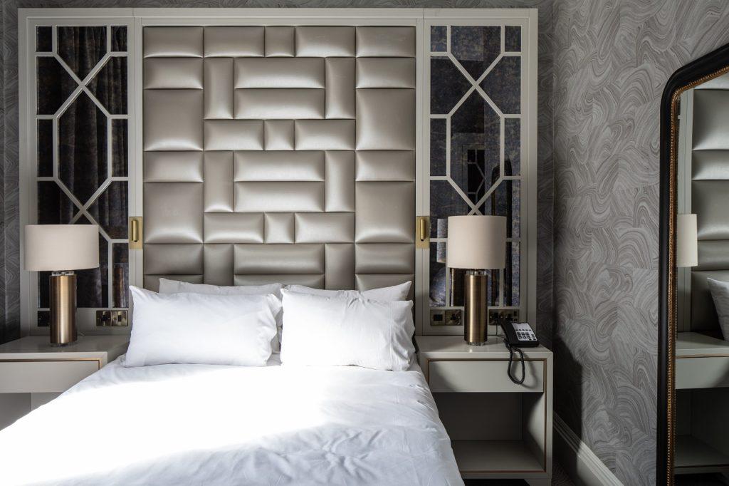 Radisson Individuals - Premium Room - Radisson Hotel Group