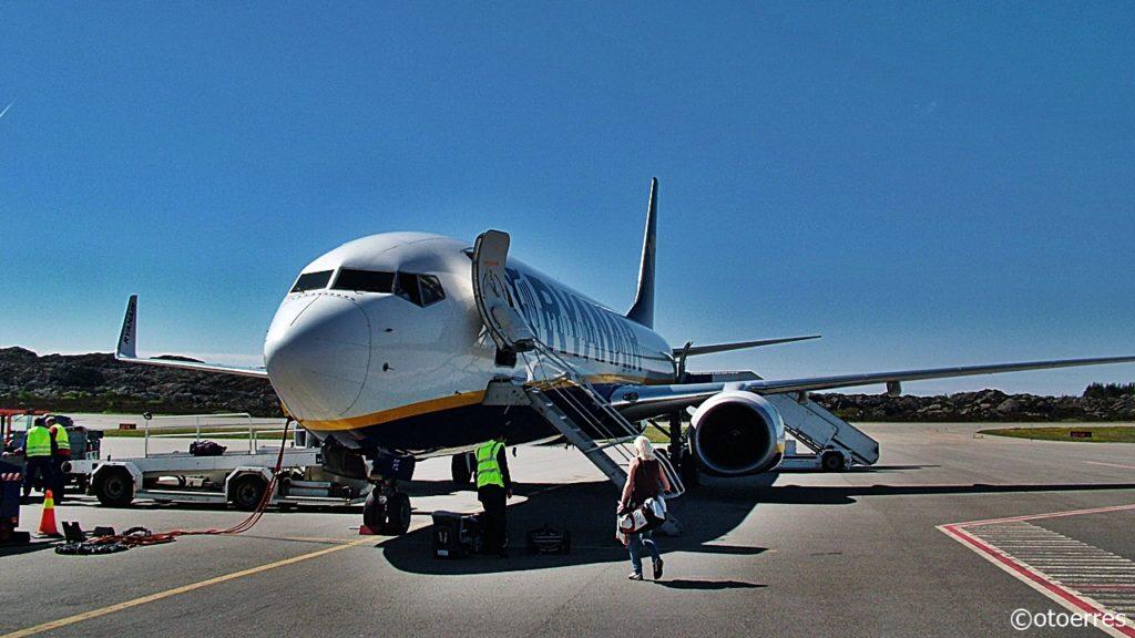 Ryanair - Boeing 737-800 - Haugesund lufthavn - Karmøy