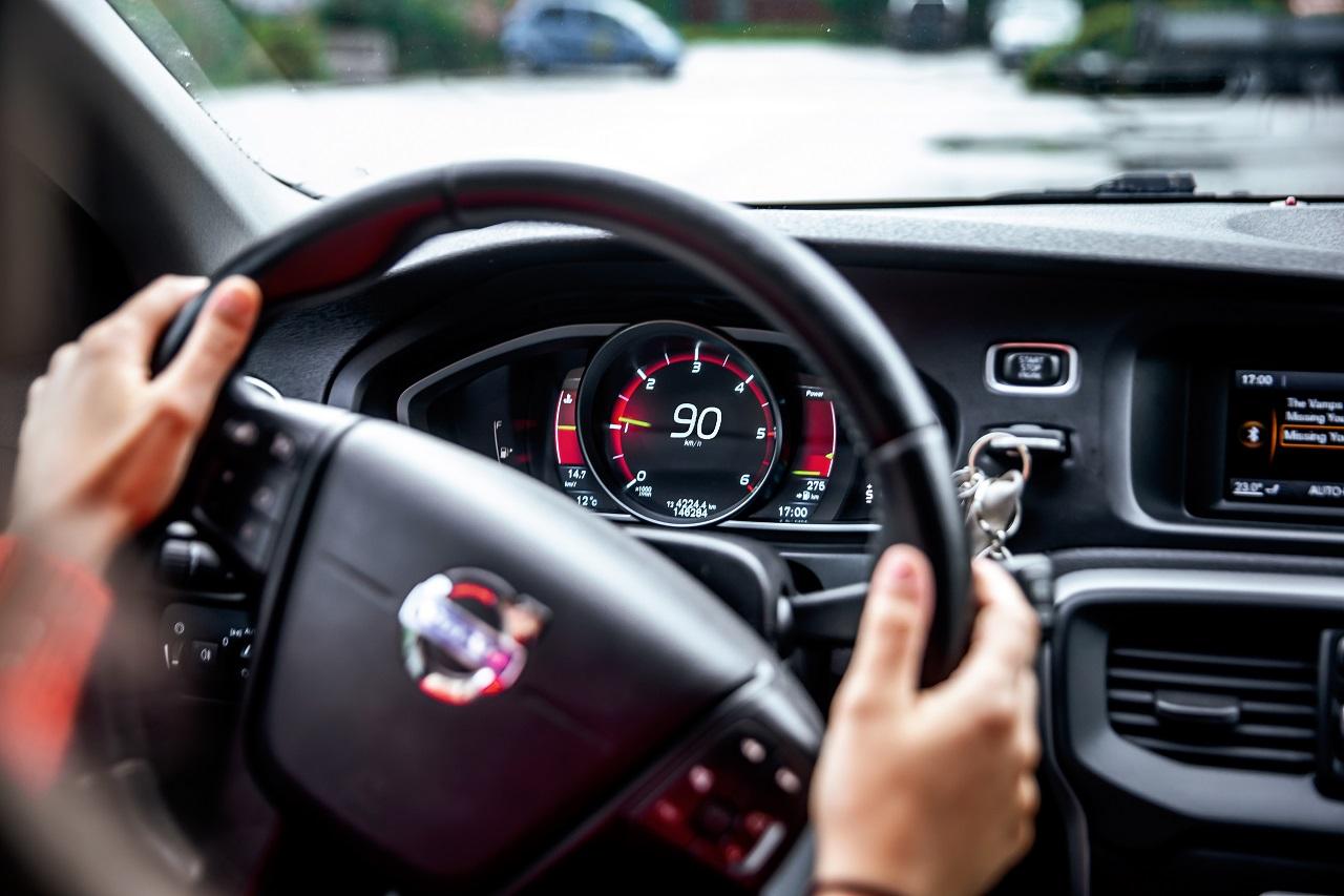 Bilkjøring - Trafikkregler - Frende forsikring