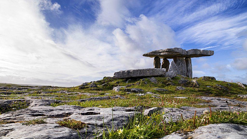 Poulnabrone Dolmen - Økolandskap - Burren - Irland
